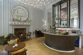 Champagne bar and mirror. The Rosebery Room, Mandarin Oriental, London.